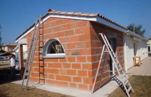 Extension de maison en briques